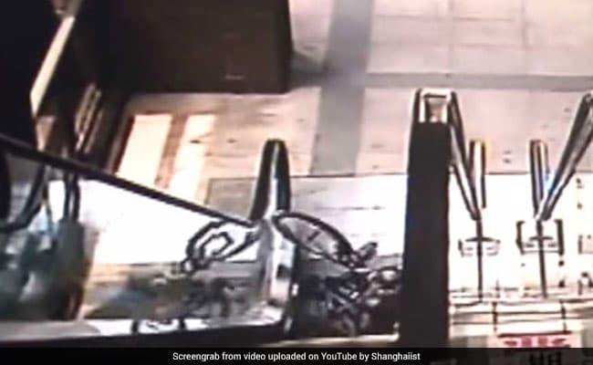 Frightening Video Shows Why You Should Never Take Bicycle On